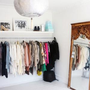wardrobe-storage-idea-clothes-rack-2